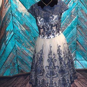 Size 10 Navy & Ivory Dress